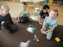 Matematyczne zabawy w grupie IV